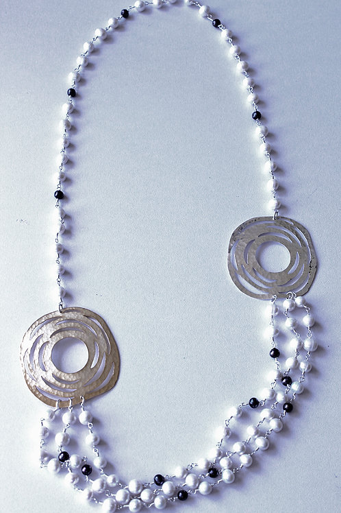 three strand necklace with precolombian indian design
