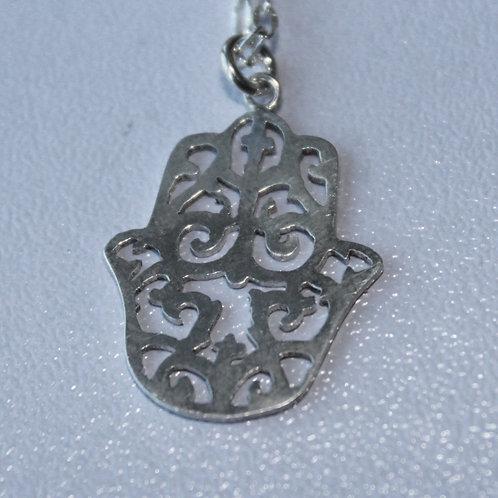 Hamsa pendant in silver