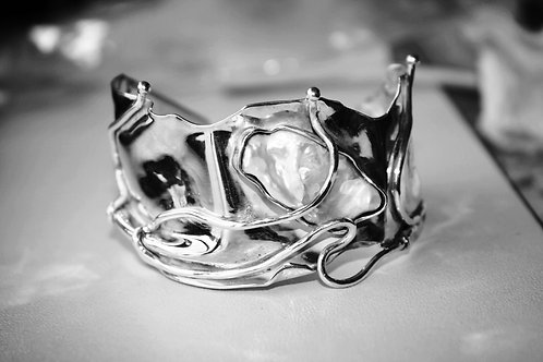 sterling silver cuff bracelet with keshi pearl