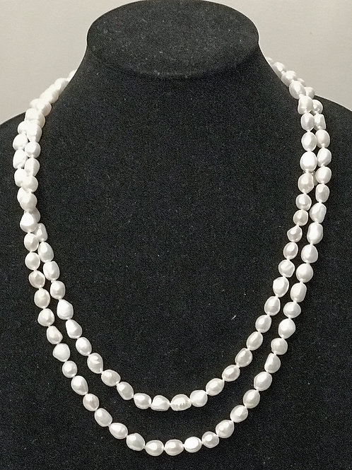 Strand of 10 mm freshwater pearls 48 inches