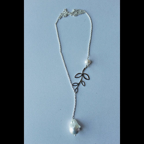 silver and pearl lariat necklace