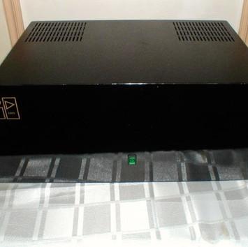 ID (Inca Designs) class A power amplifier