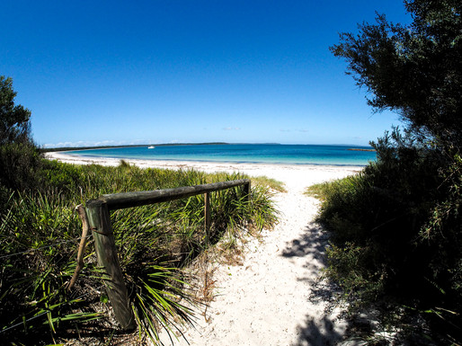 Hare Bay - Jervis bay