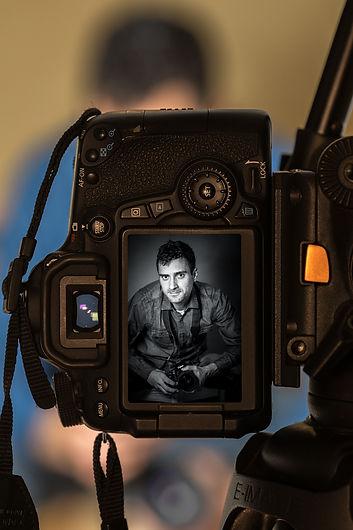 Avtoportret-Blaž_Pogačar-web.jpg