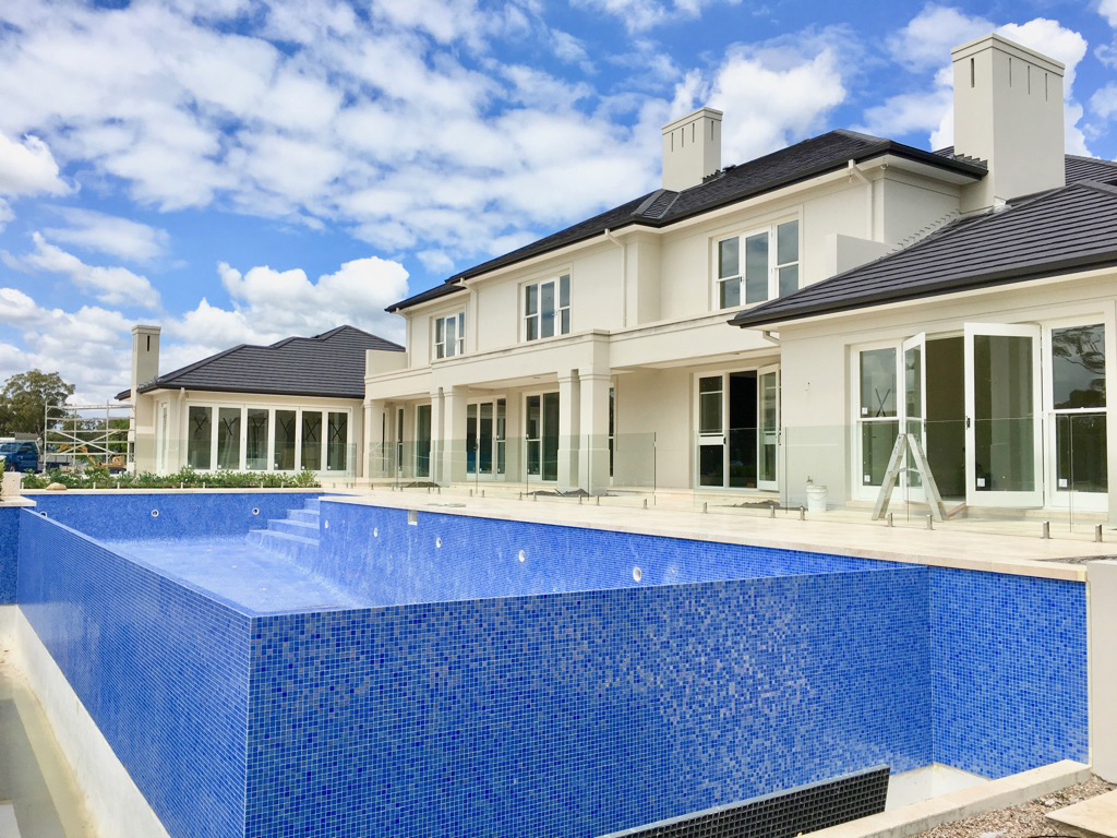Ezarri glass mosaic pool tiler sydney swimming pool renovations