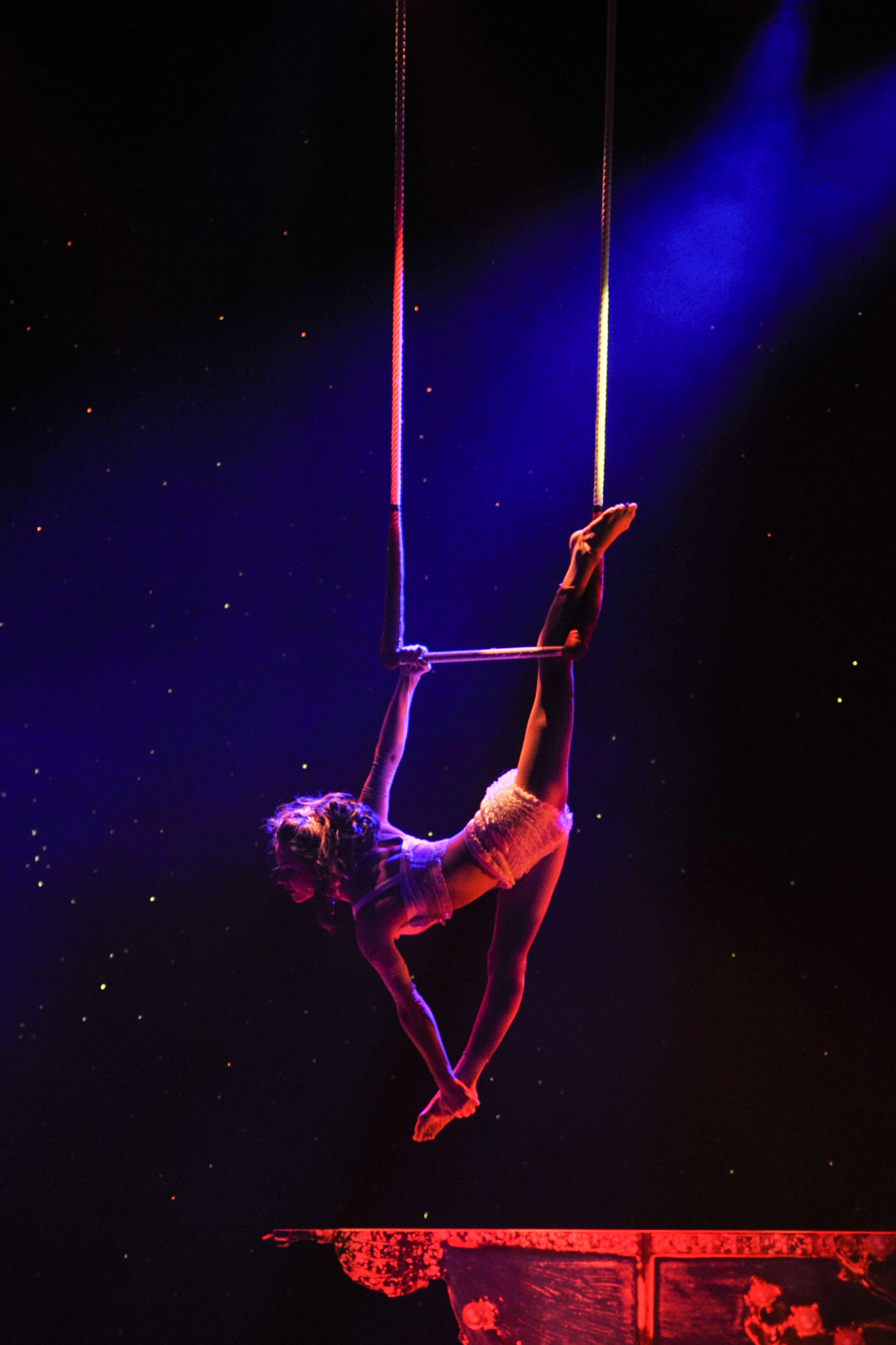 Trapeze Artist Kelli Ramazini