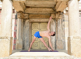 Ashtanga Yoga 01.jpg