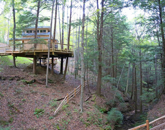 The Maple Treehouse | Hocking Hills Treehouse Cabins