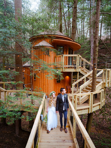 Bride and Groom at The Hemlock Treehouse