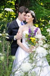 Natural Setting Micro Wedding