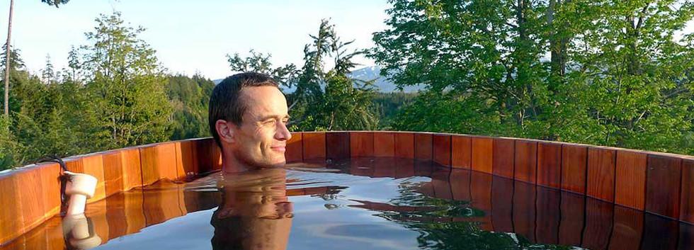 Natural Cedar Hot Tub | Hocking Hills Treehouse Cabins