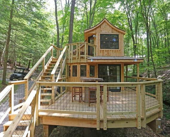 The Beech Deck | Hocking HIlls Treehouse Cabins.jpg