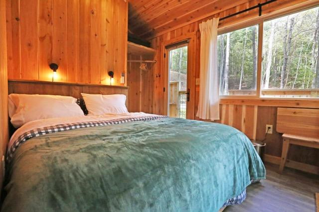 Master Bedroom Maple Treehouse.jpg