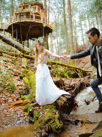 Surrounded by Beauty   Hocking Hills Treehouse Cabins