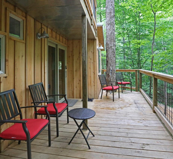 White Oak Treehouse | Hocking Hills Treehouse Cabins | Deck