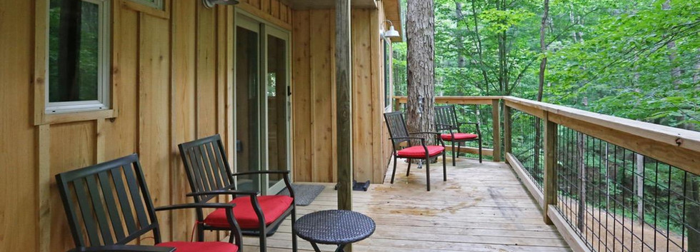 White Oak Treehouse | Hocking Hills Treehouse Cabins | Deck