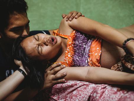 Online-Ausstellung: Strength in Childbirth (Die Kraft des Gebärens) zum Weltfrauentag