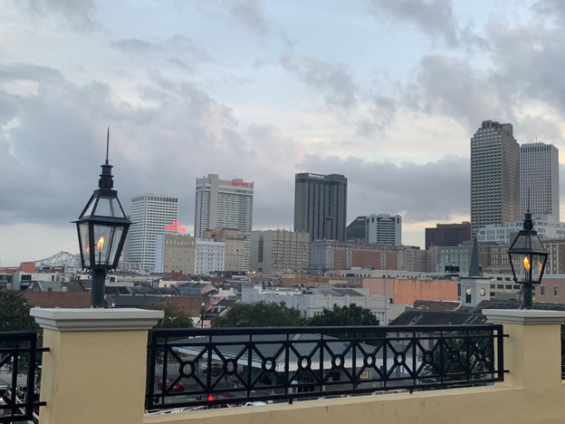 Messinas-rooftop-on-basin-view.JPG