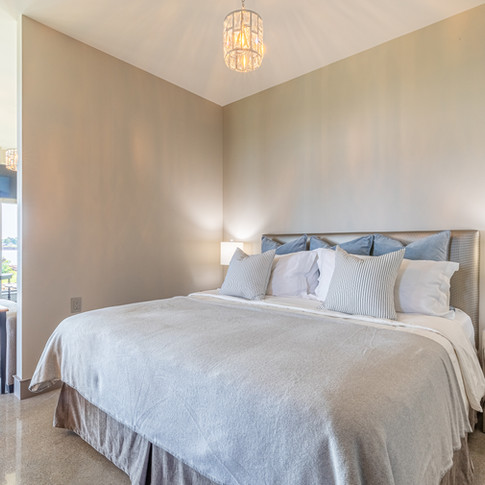 Sink into this luxurious king size bed to finish off your perfect day on the Gentle Island...