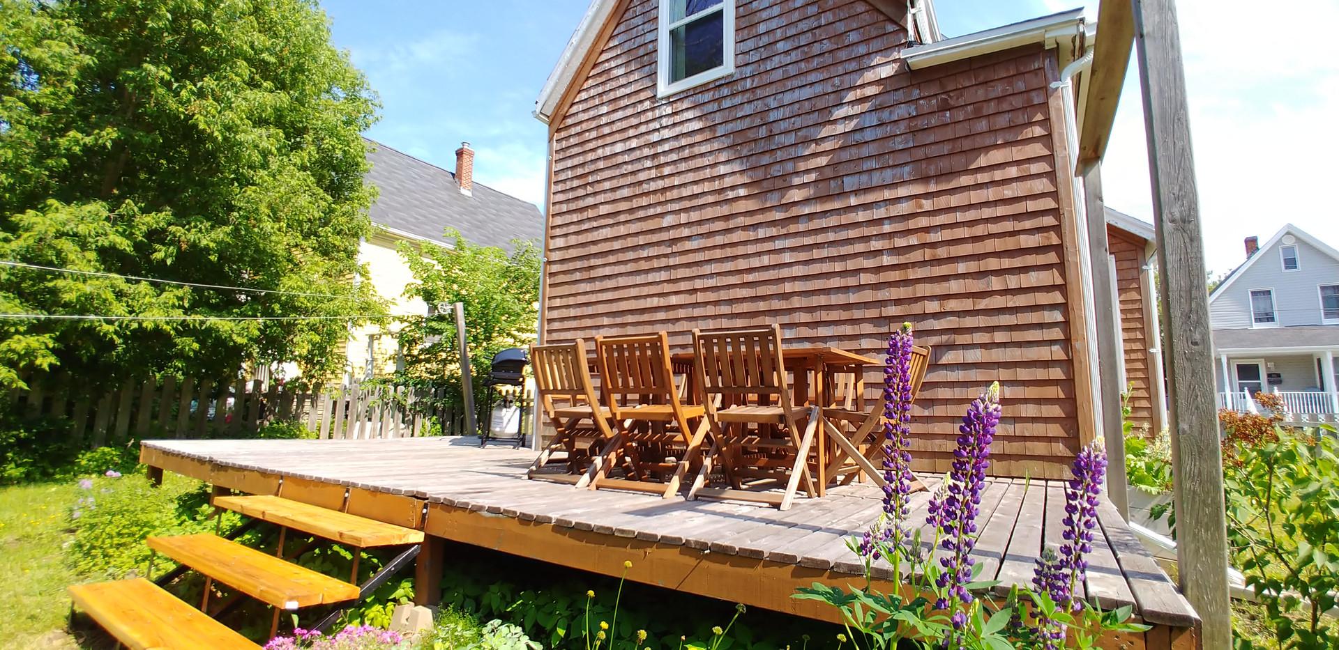Large backyard with patio & bbq