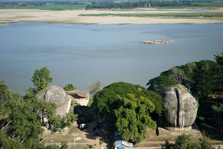 View of the Ayeyarwady (Irrawaddy), the main river of Myanmar, from the top of the Pahtodawgyi Stupa