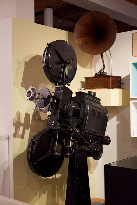35mm film projector from the 1920s