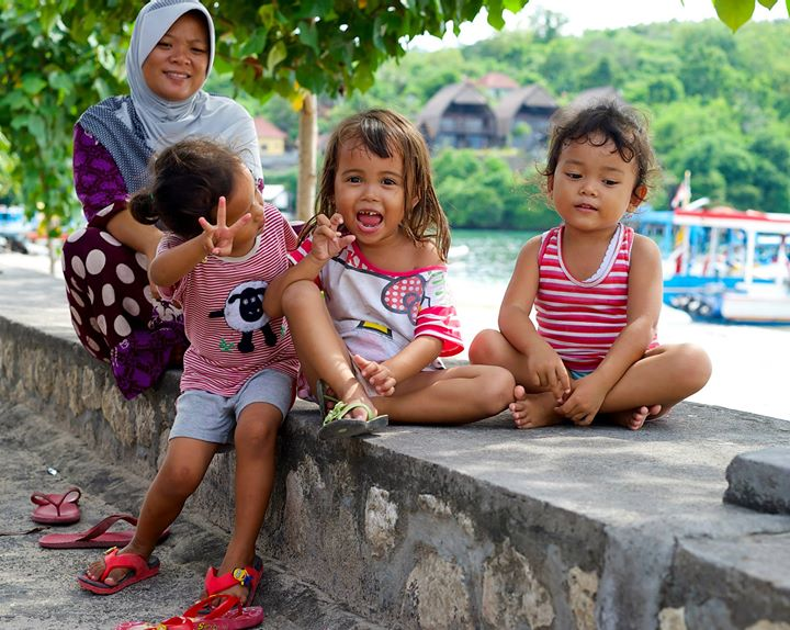 Little girls in Toyopakeh, Nusa Penida, Indonesia