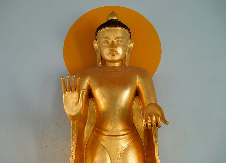One of the Buddhas at the Shwe-zi-gon Pagoda, Nyaung-U, Bago Region. Myanmar (Burma)