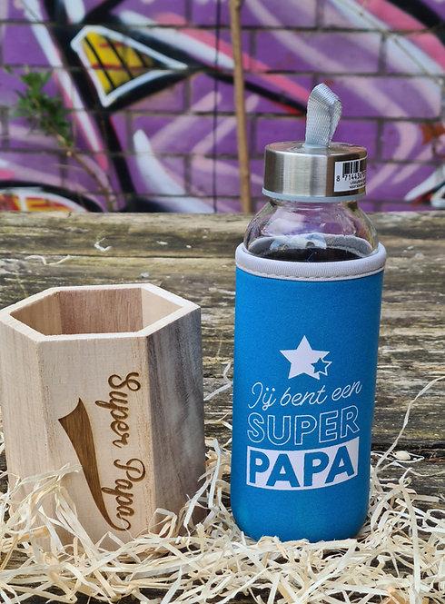 Houten potje Super Papa plus glazen drinkfles
