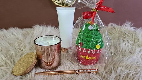 Setje kleine kaars, handcrème, balpen en kerstboom