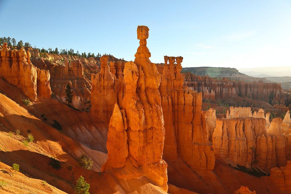 Bryce Canyon National Park walking hiking tour