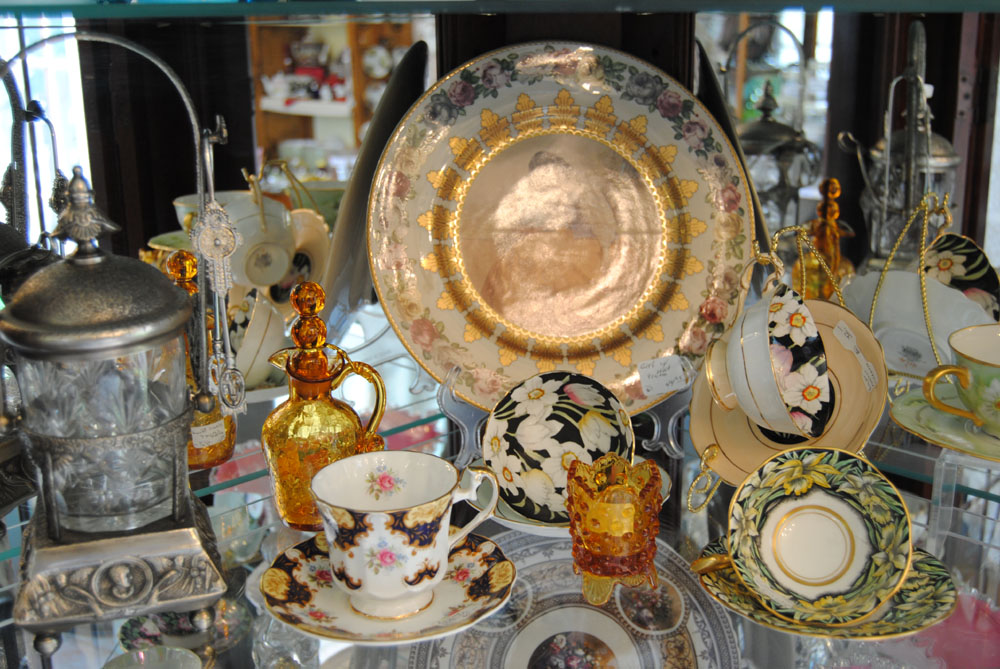 Antiques Plates and Tableware