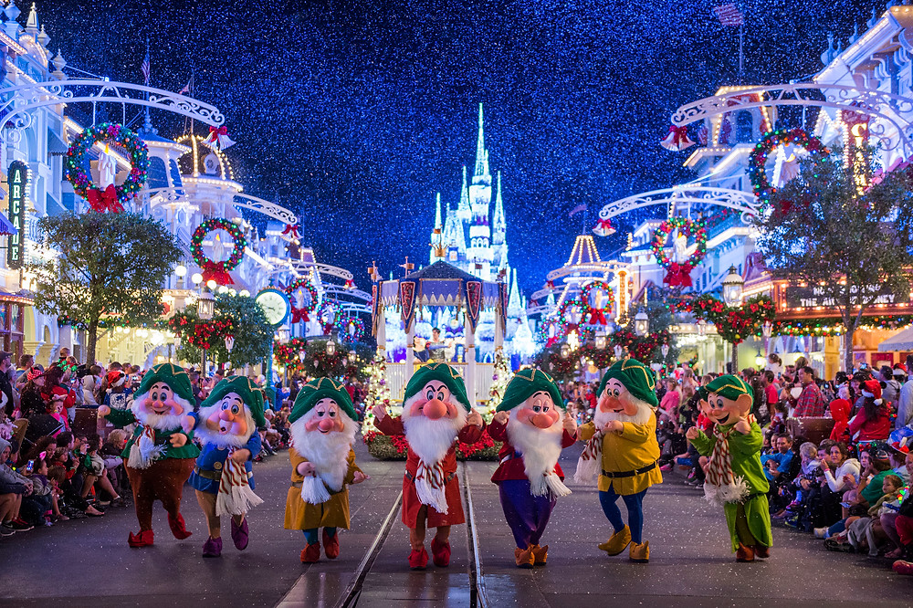 Mickey's Very Merry Christmas Party & Candelight Processional at EPCOT Cancelled for 2020