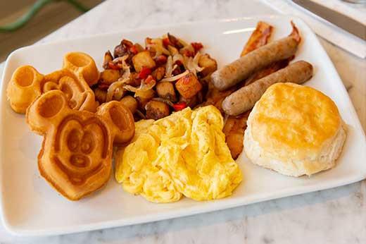 The Plaza Restaurant in Magic Kingdom to Serve Breakfast Beginning November 4, 2018!