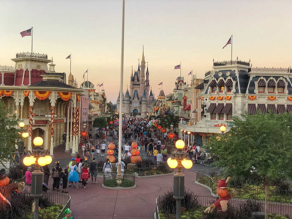 Disney World Updates Theme Park Hours Through November 28 - Adds an Hour for Magic Kingdom!