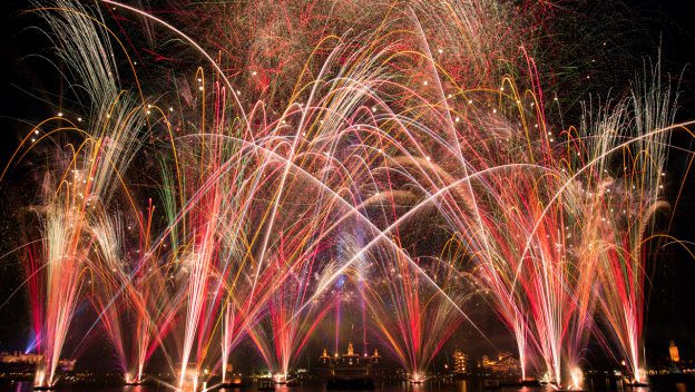 Watch a Livestream of the First 'Epcot Forever' Nighttime Spectacular on  Oct. 1 at 8:50 p.m. ET