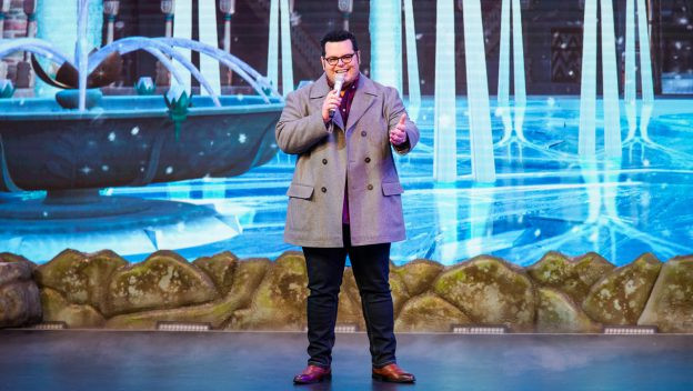 Actor Josh Gad, Voice of Olaf, Surprises Guests at Disney's Hollywood Studios