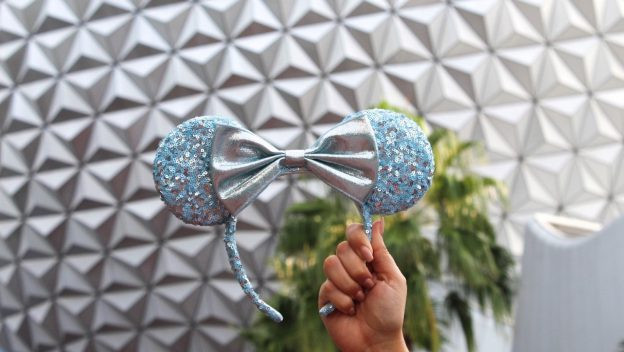 Exclusive V.I.PASSHOLDER Pop Up Event with New Arendelle Aqua Merchandise at Epcot