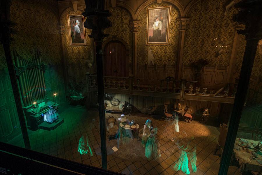 Haunted Mansion Disneyland Victor Geist