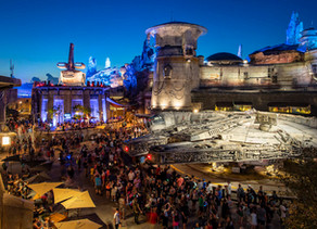 Star Wars: Galaxy's Edge Welcomes Guests with Extra Extra Magic Hours!