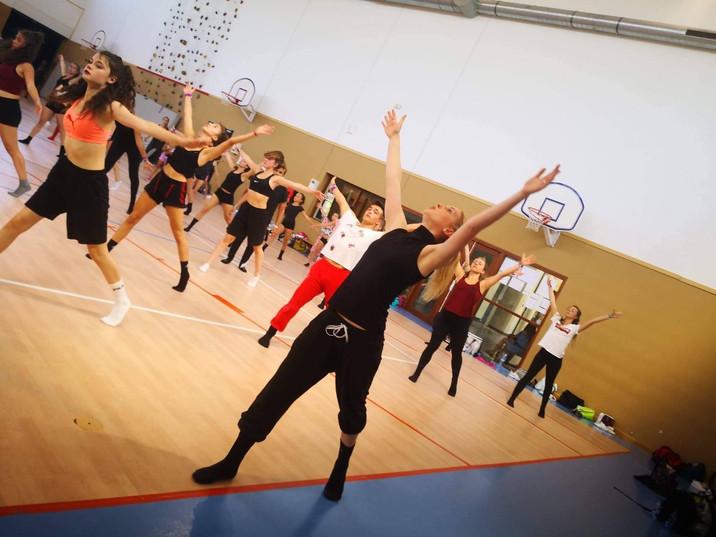 Cours_danse_mélissa_-_gymnase-min.jpg