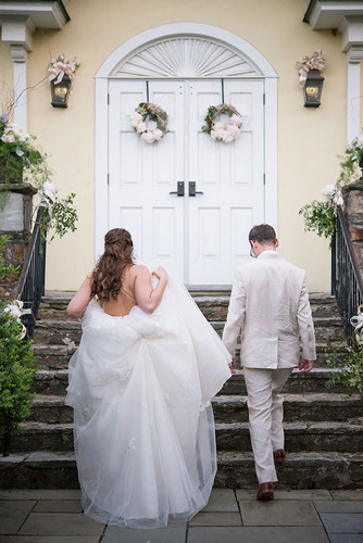 Arriving on the Big Day