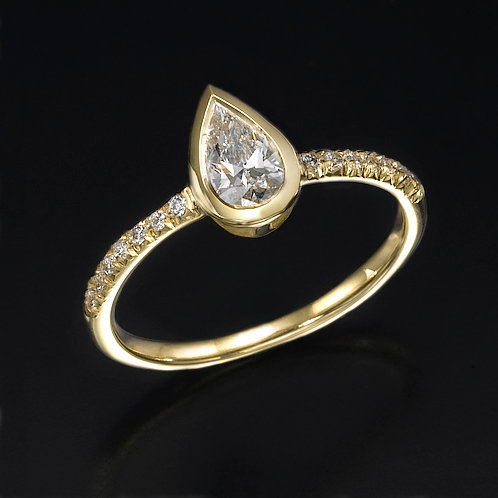Pear Shape טבעת אירוסין