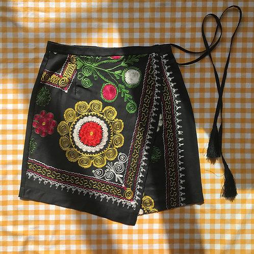 Folk Embroidered Skirt Size 10