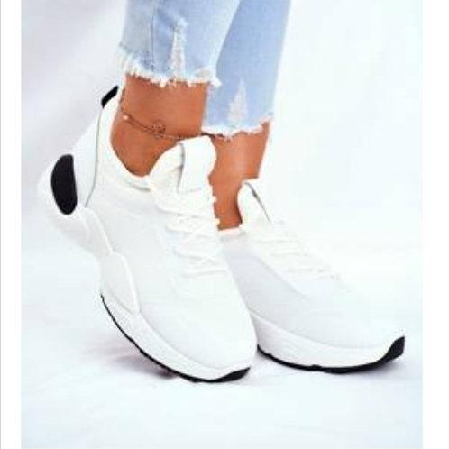 Sneaker snow