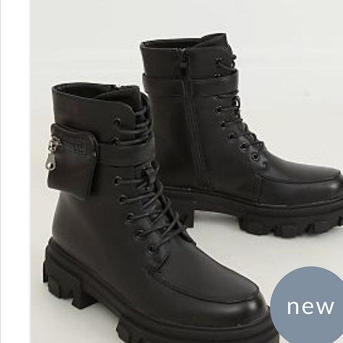Boots budha