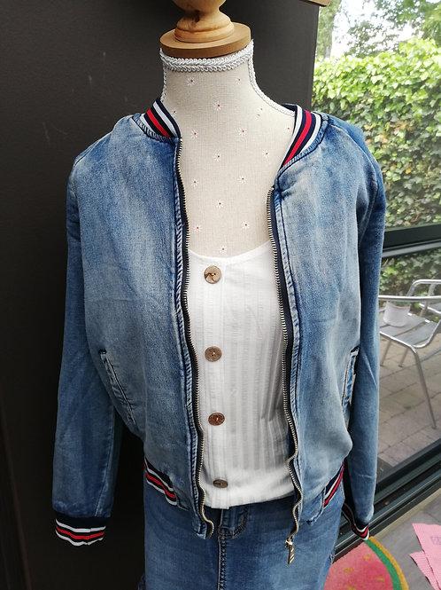 jeans vestje met randje laatste s