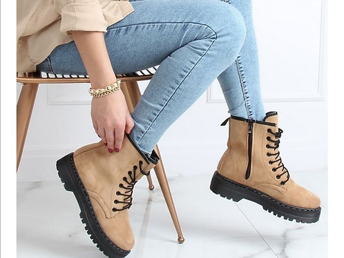 Boots chika