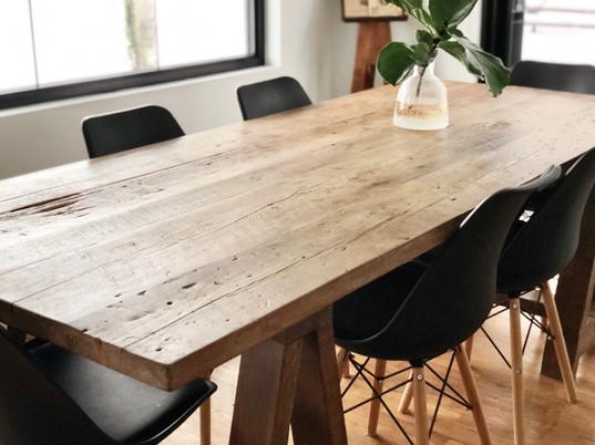 TABLE_FARMHOUSEjpg