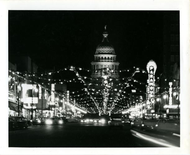 HS19-History_Center-Lights_Down_Congress